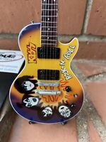 Ace Frehley / Kiss - Exclusive Mini Guitars / 1:4 Scale