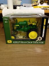 1/16 Precision John Deere 620LP Hight Crop Tractor