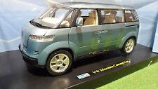 VOLKSWAGEN MICROBUS CONCEPT CAR Bleu COMBI 1/18 REVELL 08444 voiture miniature