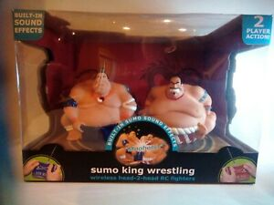 Black Series RC Sumo King Wrestling - 2 Sumo Wrestlers with Wireless Controls