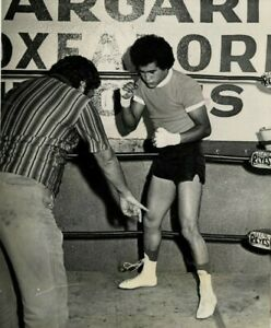 Pick 3 Salvador sanchez training boxing photos or $6 ea