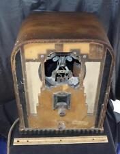 VINTAGE 1930'S ART DECO CROSLEY MODEL 167 TOMBSTONE TUBE RADIO FOR PARTS !!