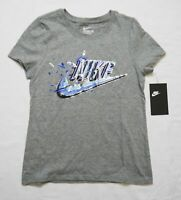 Girl's NIKE - Graphic Swoosh Tee T-Shirt AQ6925-063 Gray $18