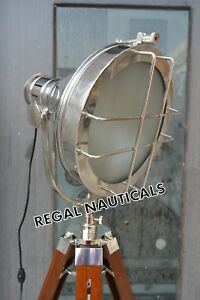 NEW LOOK SEARCHLIGHT WITH TRIPOD STAND SPOT LIGHT STUDIO FLOOR LAMP