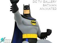 DC Gallery Batman Animated Series BATMAN Grappling Gun Statue *PRE ORDER FEB. *