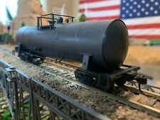 HO Scale Atlas 16,000 Gallon Funnel Flow Tank Car Undecorated METAL WHEELS new !