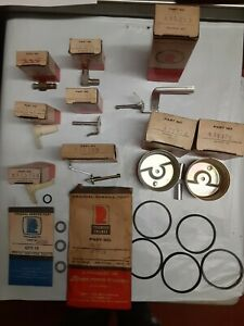 Genuine Tecumseh Carburetor Parts Lot#4121 Miscellaneous NOS