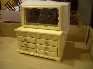 CONCORD DOLLHOUSE BEAUTIFUL YELLOW DRESSER AND MIRROR #6252Y M/OB!!!!, LQQK!!!