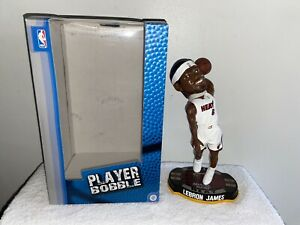 RARE LEBRON JAMES 2012 FOREVER COLLECTIBLES NBA Basketball BOBBLEHEAD MIAMI