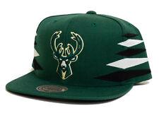Milwaukee Bucks Mitchell & Ness Diamond Green Snapback Hat