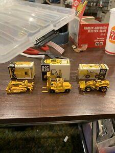 NZG MODELS 3 PCS 1:87 CAT 124 FORKLIFT, 112 CAT 920 WHEEL LOADER, 120 CATD4d DZR