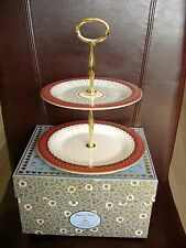 WEDGWOOD CAKE STAND QUEEN OF HEARTS PATTERN BRAND NEW AND BOXED FROM THE SHOP