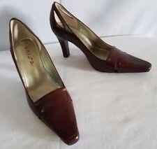 "UNISA ""Anya"" Beautiful Rich Brown Rounted Pointed Toe Wood Stack Heel Pumps 6.5M"