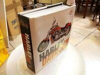 RARO Libro HARLEY DAVIDSON TUTTI I MODELLI la sua storia Pag.504 misure 21×21cm
