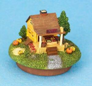 NEW CANDLE TOPPER FALL FRUIT STAND - FARMERS MARKET YANKEE CANDLE STYLE