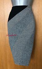 Karen Millen UK 14 Wool Houndstooth Print Office Work Pencil Knee Length Skirt