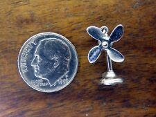 Vintage sterling silver MOVABLE BLADES PORTABLE STAND UP FAN charm #M