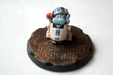 Diorama Happy Hippo Star Wars R2 D2 Montado y pintado