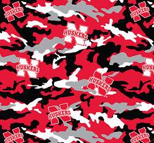 College University of Nebraska Cornhuskers Camo Print Fleece Fabric sneb820s