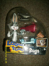 LOONEY TUNES BACK IN ACTION SHOOTIN ACTION BUGS BUNNY