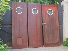 188 X 210,5 cm (L) - Ensemble de 3 anciennes portes de garage