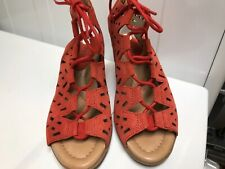 New Womens Earth DAYLILY Red Nubuck Lace Wedge Sandals New no Box