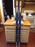 Vintage Skis K2 USA M31 Binding Red White Blue