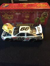 Action - Nascar - Dale Jarrett #88 - UPS / Muppets 25th Anniversary - 2002 Ford