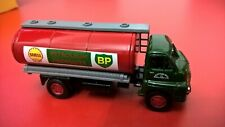 LLEDO VANGUARDS 1:64 SCALE BEDFORD 'S' TYPE TANKER - SHELL - BP - VA7001