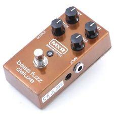 MXR M84 Bass Fuzz Deluxe Bass Guitar Effects Pedal P-07153