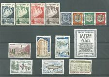 timbres 15 neufs Andorre */**