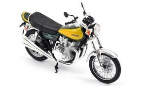 Norev 182030 - Kawasaki Z900 1973 Dark Green & Yellow 1/18