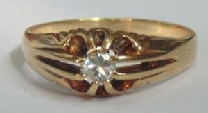 GENTS 9 CARAT GOLD SOLITAIRE RING SIZE U WEIGHT 3.8 GRAMS