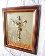 ancien cadre-miroir-objet dévotion-christ sur la croix avec colombes-vintage 70