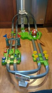 Mattel Hot Wheel Mario Circuit Deluxe Mario Kart *READ DESCRIPTION*