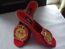 AMAZING BACI RED LEATHER/PINSTRIPE FABRIC HEELS WITH GOLD NAUTICAL EMBLEM size 8