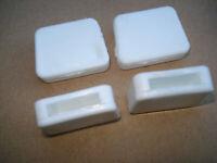 Lot de 4 embouts enveloppants pour fer plat 25x5mm blanc patin chaise