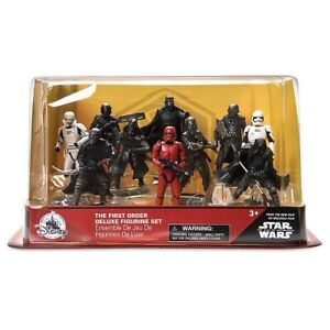 Disney Star Wars The Rise of Skywalker First Order Deluxe Action Figure Play Set