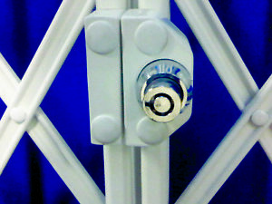 RETRACTABLE SECURITY GRILLE CYLINDER LOCK with 2 keys