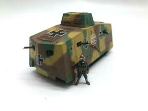 1/72 Scale WWI German A7V Heavy Tank Tri Color Camo With 1 Solider Diecast Model