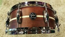 "Gretsch Renown 14x5,5"" Snare Drum Satin Walnut Maple / Rullante Pearl Inlay"