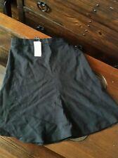 Banana Republic skirt black flared size 2 petite