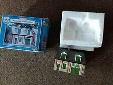 Hornby Skaledale R9266 OO Gauge Building THOMAS & FRIENDS WATERTON BLACKSMITHS