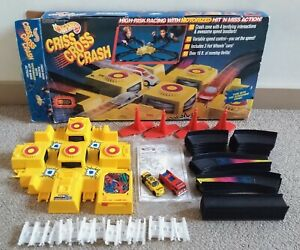 1992 Hot Wheels Motorized Criss Cross Crash (2 Vehicles) • MATTEL