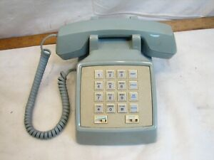 Vintage ATT Desk Touch Tone Dial Telephone Baby Blue Office Home Retro 2500MG