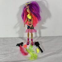 Monster High Electrified Monstrous Hair Clawdeen Wolf Doll Mattel 2008 w/ Brush