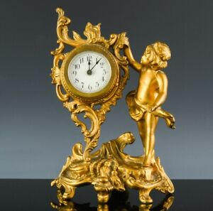 LOVELY c1920 ART NOUVEAU CHERUB FIGURAL GOLD GILT METAL DESK VANITY TABLE CLOCK