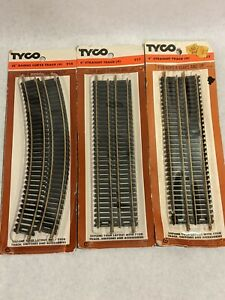 Lot Of 2 Tyco Train Track Pieces - Straight Track & Curve Track Brass