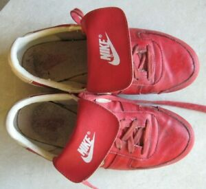 Vintage Red Nike Baseball Cleats Mens Size 7