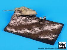 Black Dog 1/72 Destroyed Jagdpanzer Diorama Base (145mm x 90mm) D72021